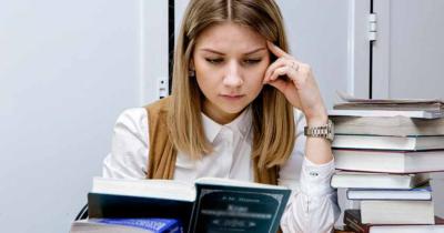 До какого возраста платят алименты на детей в России, если ребенок учится в ВУЗе, техникуме, колледже, а также до какого возраста их можно взыскать